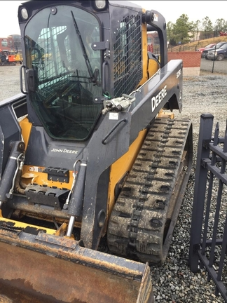 Detail photo of 2015 John Deere 329E from Construction Equipment Guide