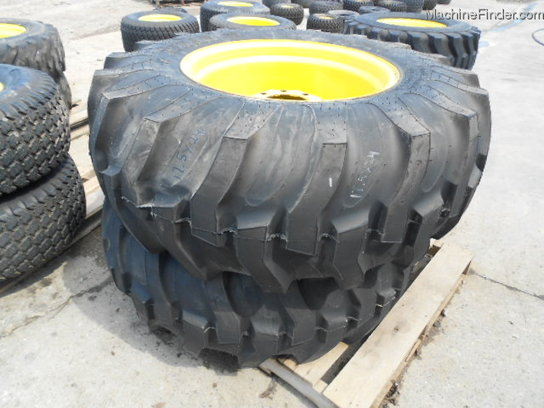 Titan NEW 17.5L-24 R4 IND. TIRES 1 PAIR ON WHEELS