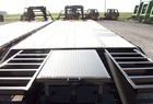 2013 Other CIRCLE M 32' GOOSENECK FLATBED