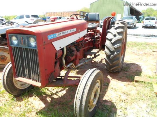 International 444 Tractor Seat : International tractors utility hp