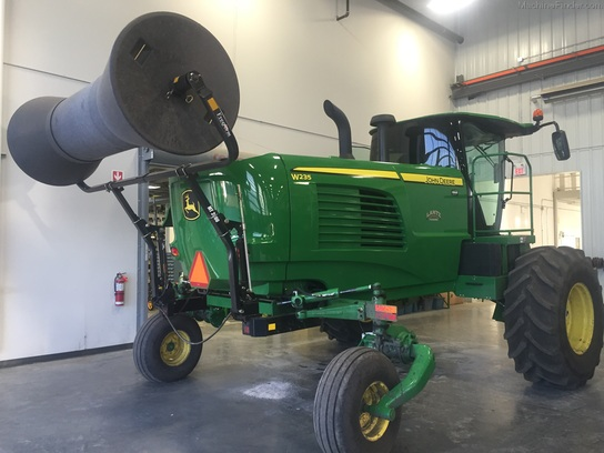 2014 John Deere W235 1E0W235DCEE400023 | Used Windrowers for