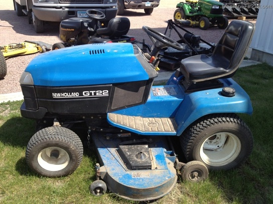 2001 New Holland GT22