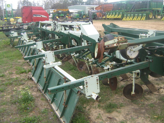 KMC 12 ROW RIPPER DISK SHAPER