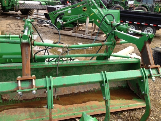 John Deere BUCKET/GRAPPLE