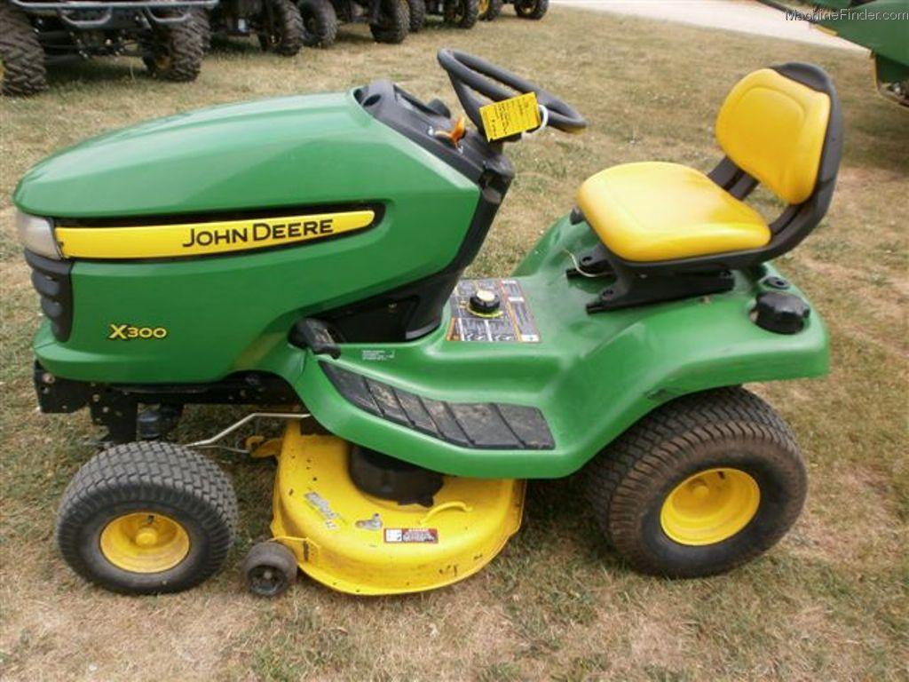 2007 john deere x300 lawn  garden and commercial mowing