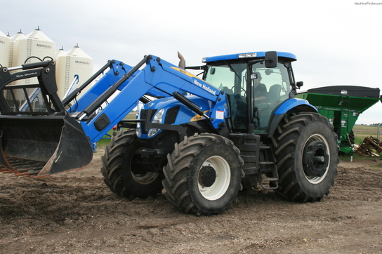 2008 New Holland T7030