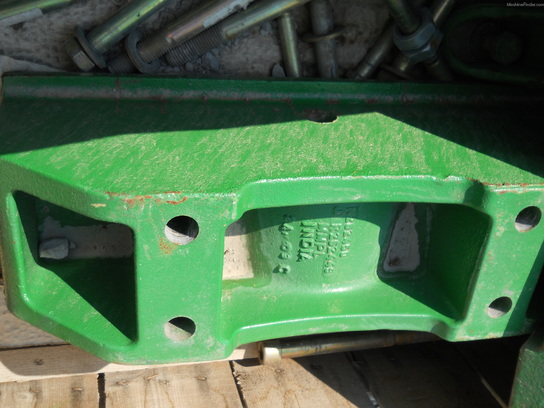 John Deere R262449 FRONT WEIGHT BRACKET
