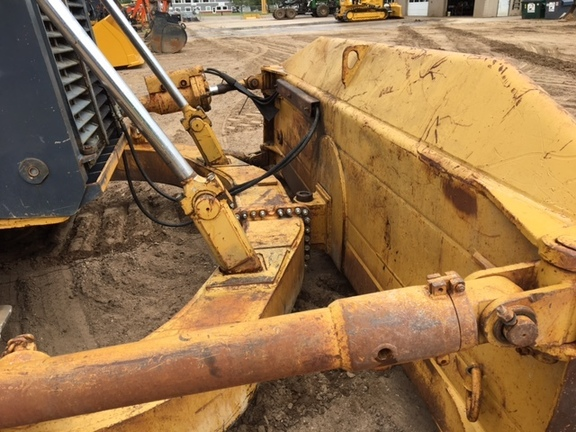 Detail photo of 2002 John Deere 1050C from Construction Equipment Guide