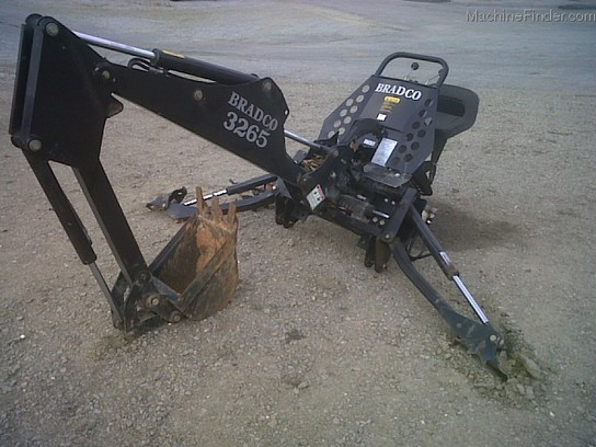 Bradco 3265X 3pth Backhoe Attachment