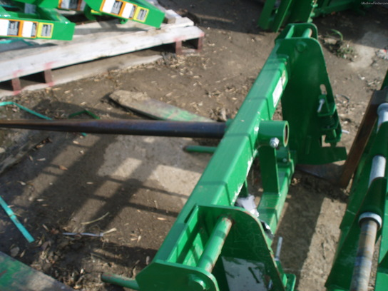 2011 Frontier AB13D Heavy Tine Bale Spear