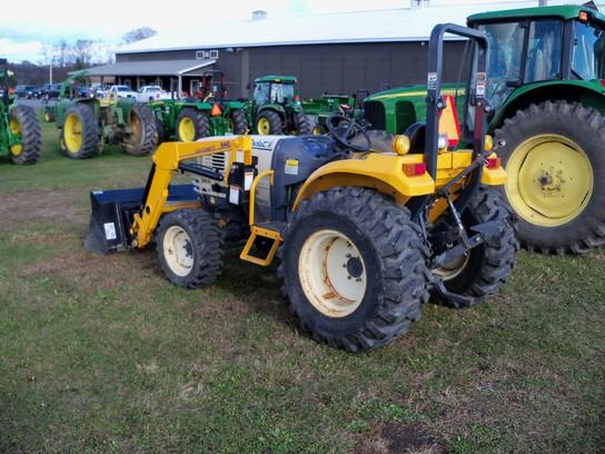 Cub Cadet Compact Tractors : Cub cadet ss tractors compact hp john