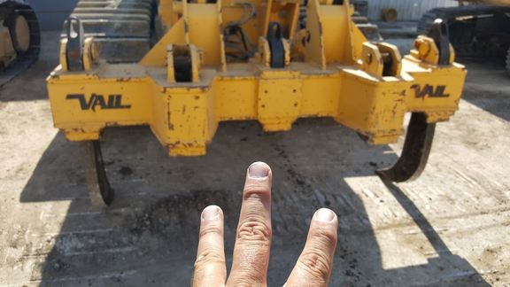 Detail photo of 2015 John Deere 850K from Construction Equipment Guide