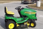 "2006 John Deere X324-48""cut, all-wheel-steer"