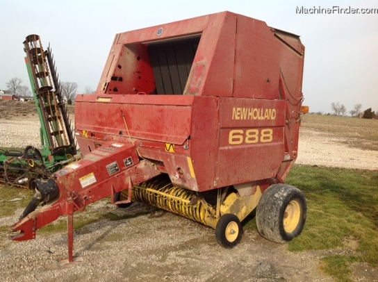 2000 New Holland 688