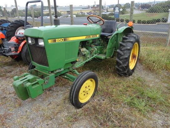 John Deere 850 Diesel Tractor : John deere tractors compact hp