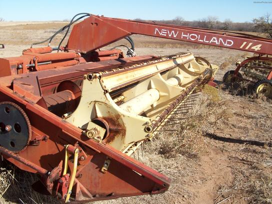New Holland 114