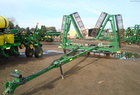 2003 JOHN DEERE 200 Harrow