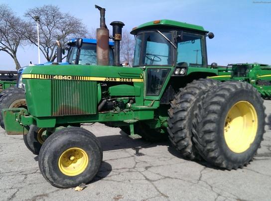 John Deere 4840 : John deere row crop tractors