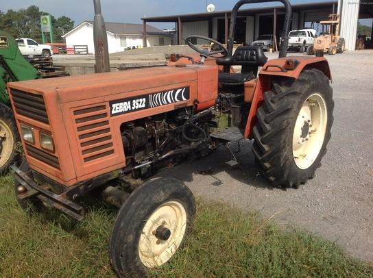3522 Zebra Zetor Tractor Parts : Zetor tractors compact hp john deere