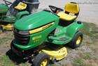 "2010 John Deere X300 RIDING LAWN MOWER 42"" DECK"