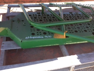 John Deere AXLE SPACER/ LADDER LANDING