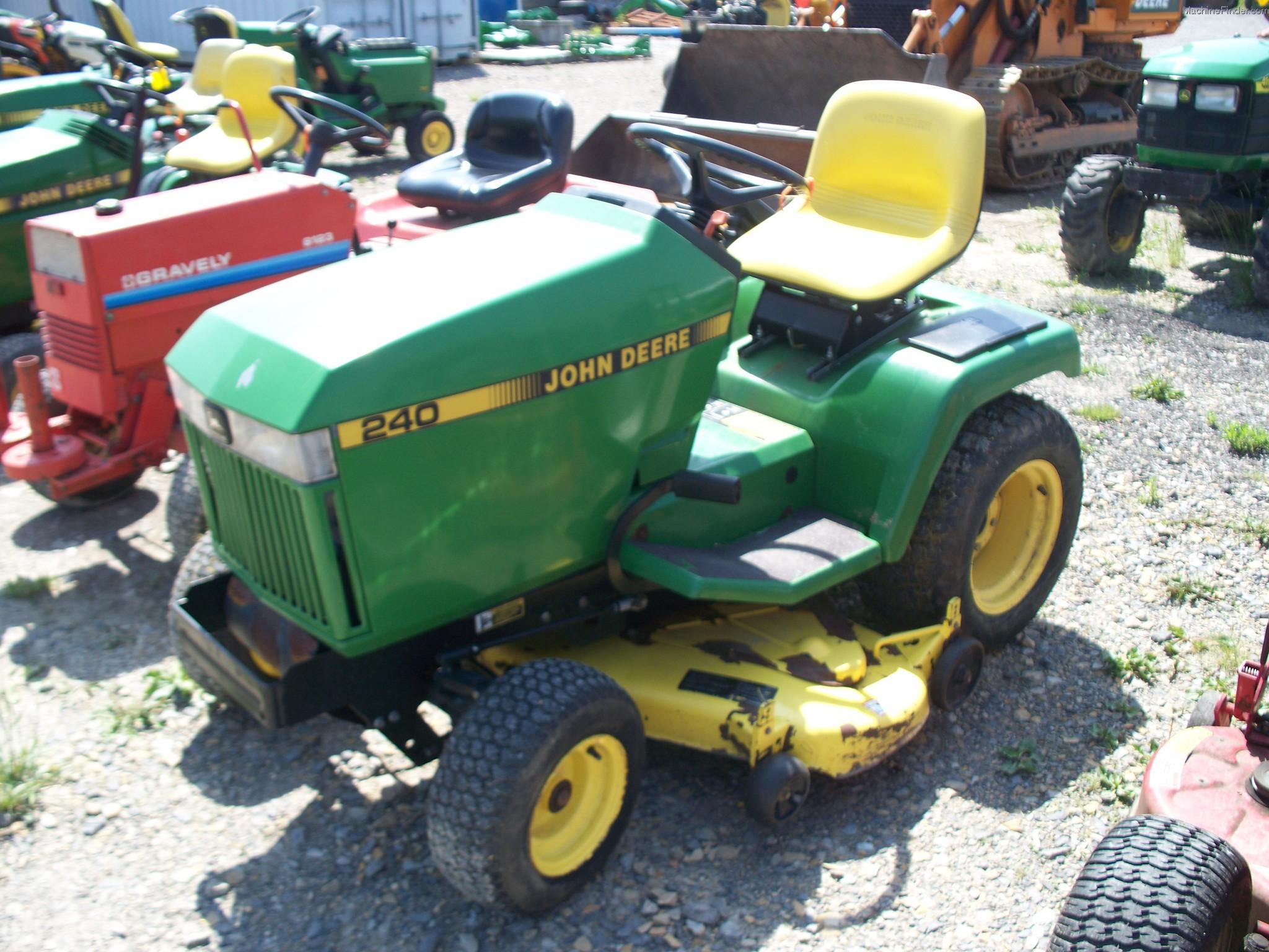 John Deere 240 Lawn Tractor : John deere lawn garden and commercial mowing