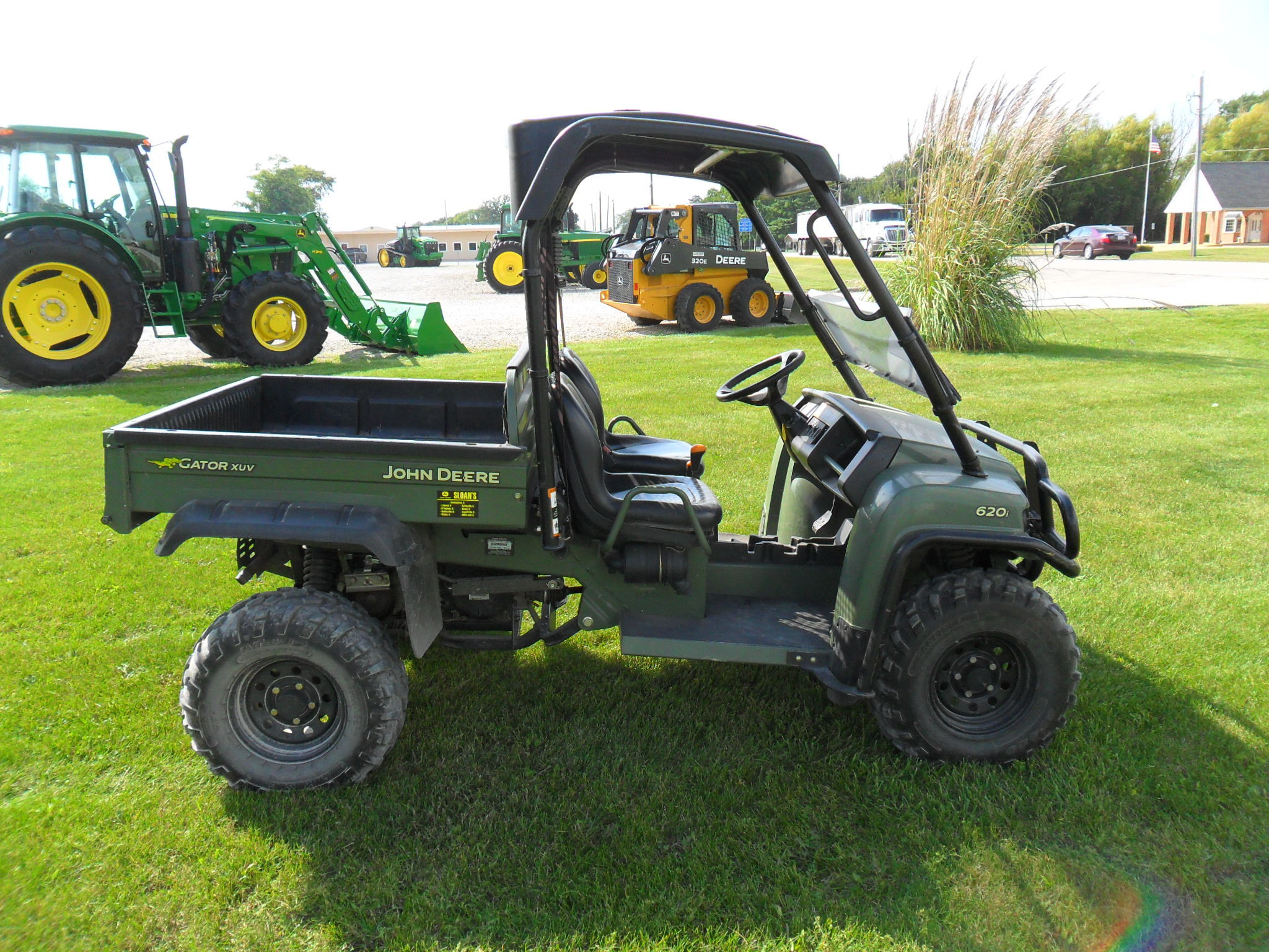 john deere gator xuv 620i atvs gators for sale 63055. Black Bedroom Furniture Sets. Home Design Ideas