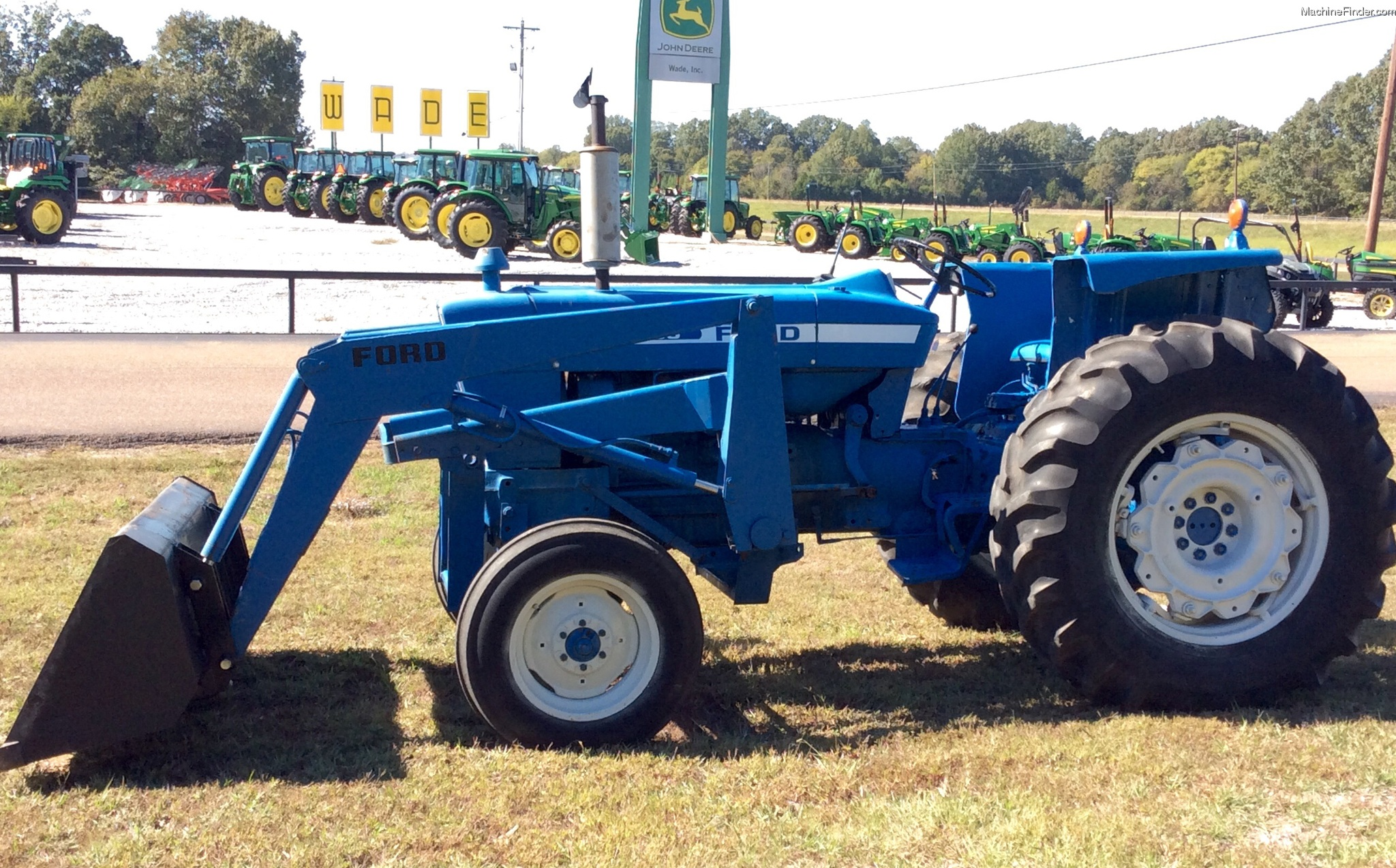 6100 Ford Tractor : Ford new holland tractors utility hp