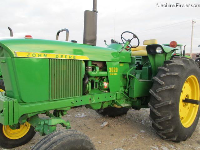1972 John Deere 3020 Tractors - Row Crop   100hp