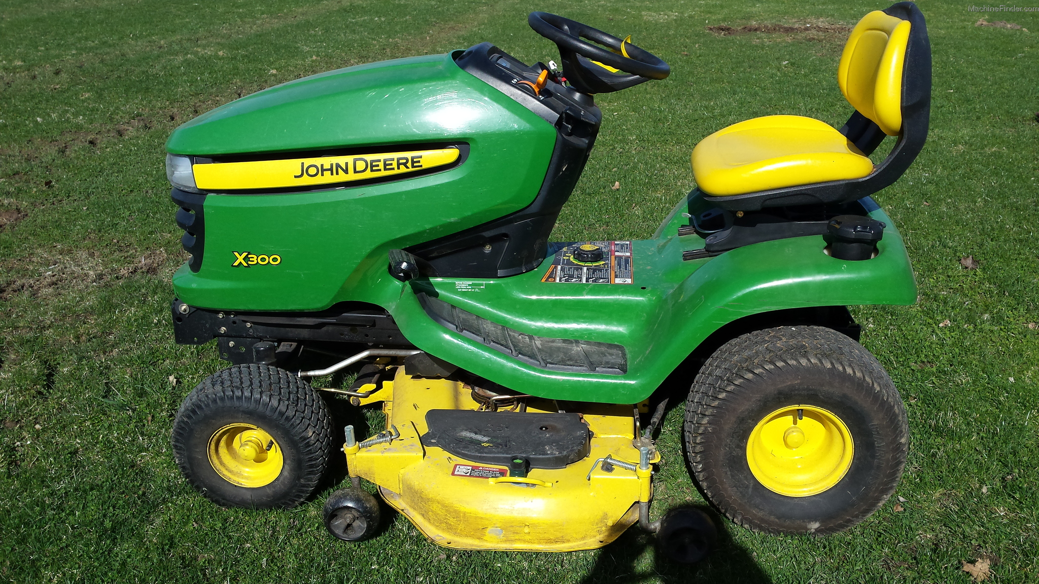 2011 john deere x300 lawn garden and commercial mowing. Black Bedroom Furniture Sets. Home Design Ideas