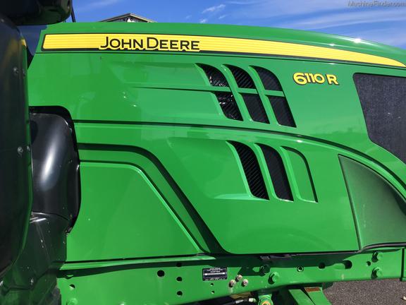 2015 John Deere 6110R