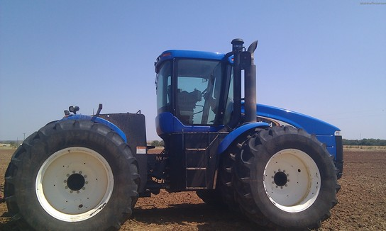2005 New Holland TJ375