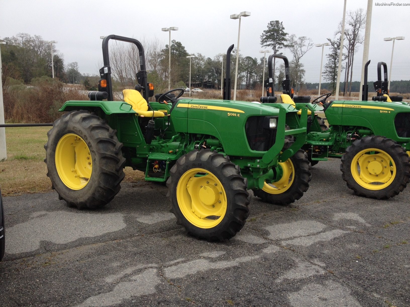 2014 John Deere 5055e Tractors Utility 40 100hp John
