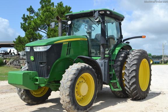 2011 John Deere 7200R