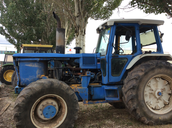 Ford-New Holland TW-35