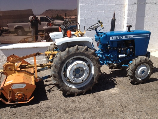 1979 Ford 1500 4 Wheel Drive Tractor : Ford utility tractor