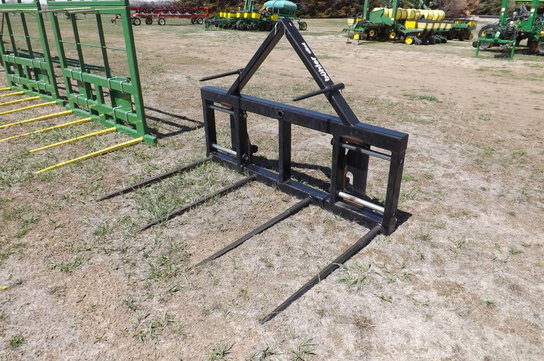 2009 Buhler DOUBLE BALE SPEAR