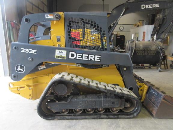 Detail photo of 2014 John Deere 333E from Construction Equipment Guide