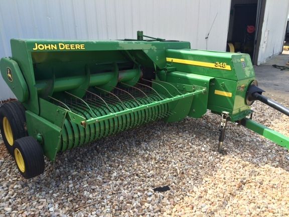 John Deere 348