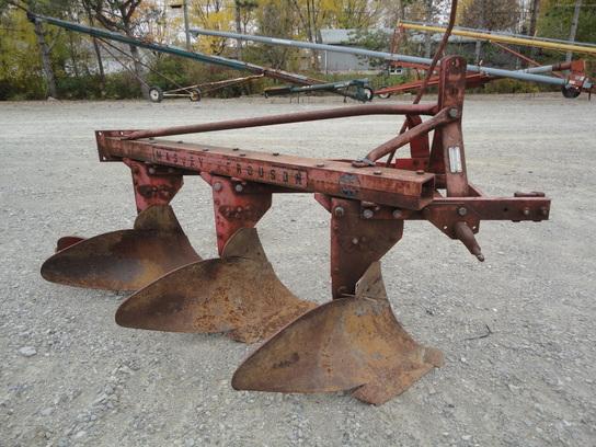 Ferguson Moldboard Plow Parts : Massey ferguson tillage john deere machinefinder