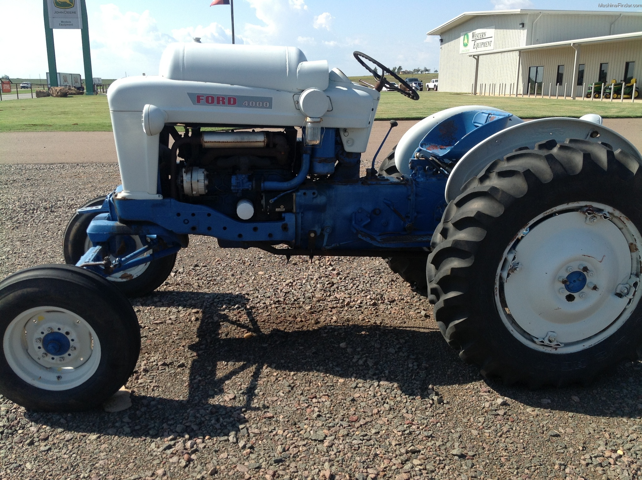 Ford 4000 Diesel Tractor Manual : Ford tractor data