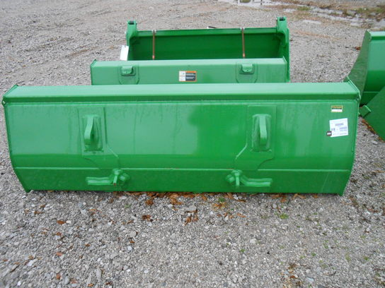 "2012 John Deere 85"" GLOBAL BUCKET"