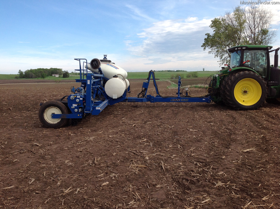 2013 Kinze 3600 Planters Drawn Brookings Sd