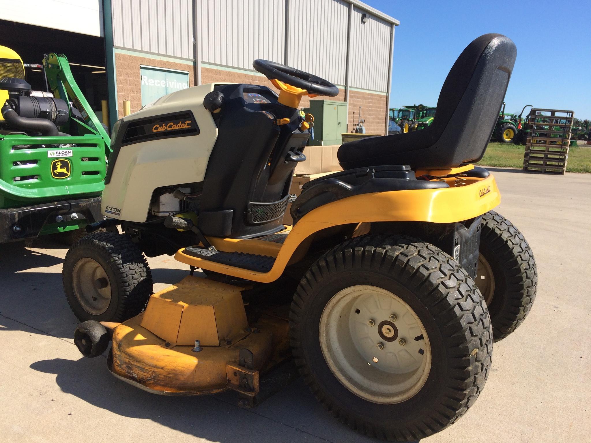 Cub Cadet Gtx1054 Lawn Garden Tractors For Sale 63385
