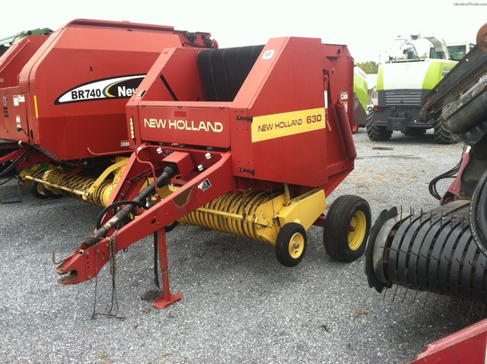 1995 New Holland 630
