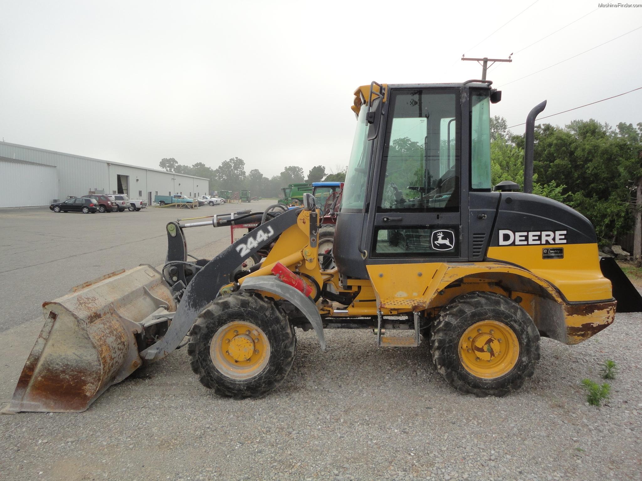 John Deere 244j Attachments : John deere j compact loaders