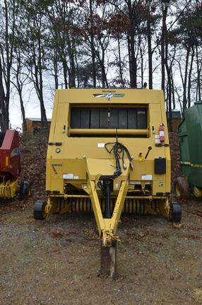 Vermeer 605M