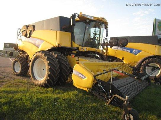 2011 New Holland CR9090