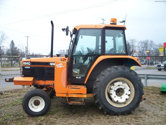 1997 New Holland 6640