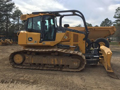 Detail photo of 2015 John Deere 750K from Construction Equipment Guide